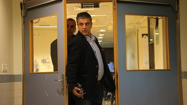 """אילן כהן, מנכ""""ל משרד ראש הממשלה בתקופת שרון, בבית החולים (צילום: מוטי קמחי) (צילום: מוטי קמחי)"""
