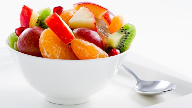 הגבילו את הפירות לשניים ביום (צילום: shutterstock) (צילום: shutterstock)