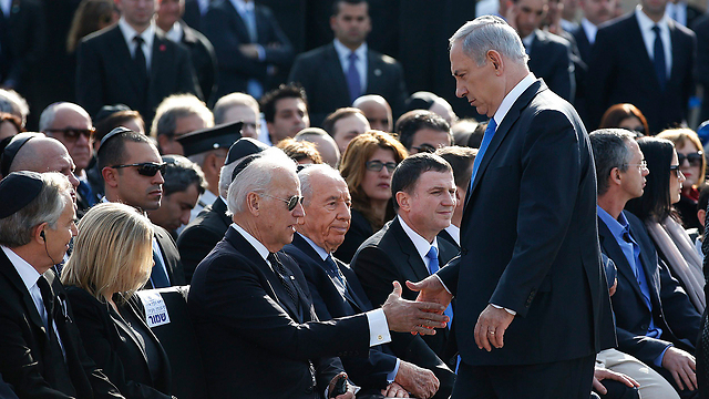 נתניהו וביידן בטקס (צילום: רויטרס) (צילום: רויטרס)