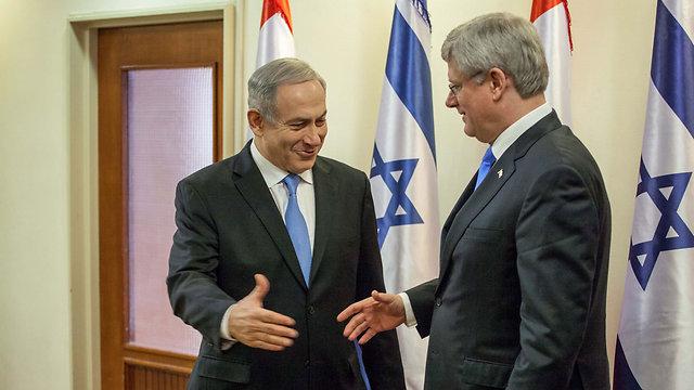 """ידידים קרובים. הרפר וראש הממשלה נתניהו (צילום: """"הארץ"""") (צילום:"""