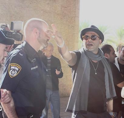 Eyal Golan returns to Israel (Photo: Avi Moalem) (Photo: Avi Moalem)