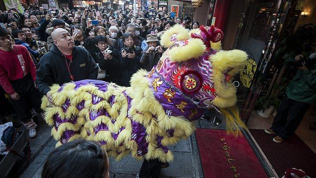 זה סוס? זה דרקון? החגיגות בעיר יוקוהומה (צילום: גטי אימג'בנק)