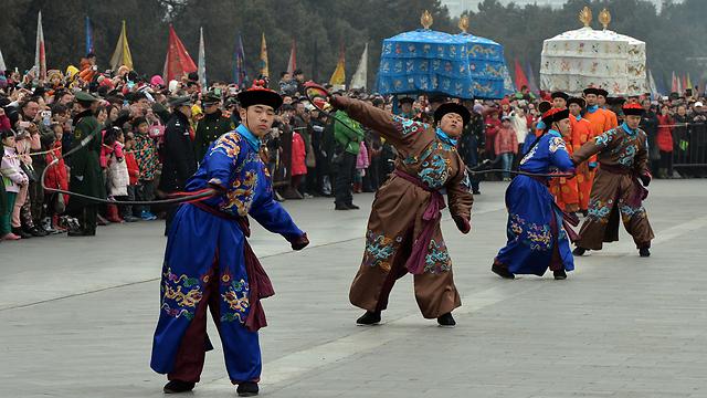 מצעד ענק בעיר הבירה בייג'ינג (צילום: AFP)
