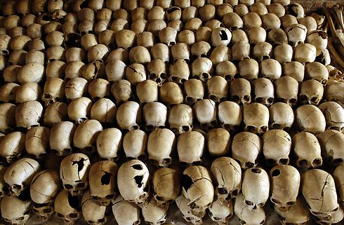 כמיליון בני שבט הטוטסי ובני הוטו מתונים נטבחו ב-1994 (צילום: AFP )