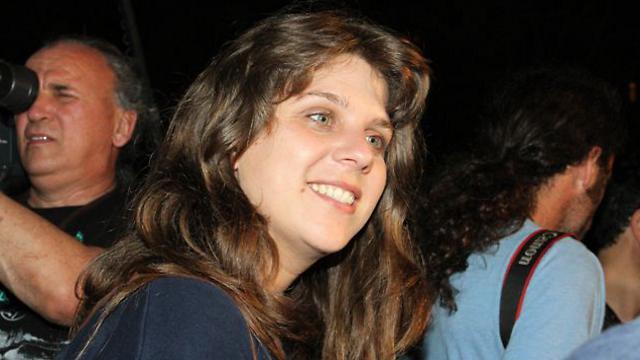 דפני ליף, חוזרת לחייך (צילום: עופר עמרם) (צילום: עופר עמרם)