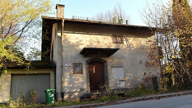 הבית בזלצבורג שבו נמצאו עוד יצירות (צילום: AFP) (צילום: AFP)