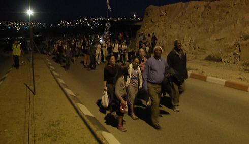 Marching into the night in E1 (Photo: Eli Mendlebaum)