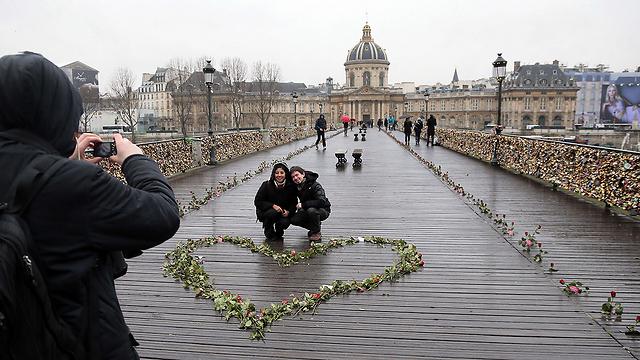 וגם לבבות (צילום: AFP) (צילום: AFP)