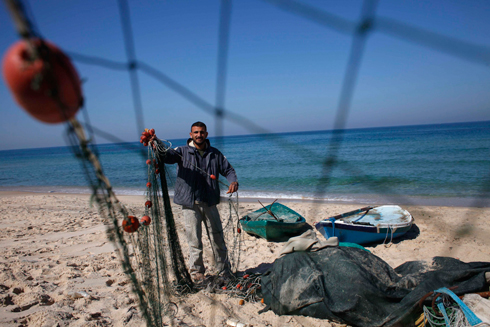 Relief measures will include steps improving working conditions for Gazan fishermen (Photo: Reuters)