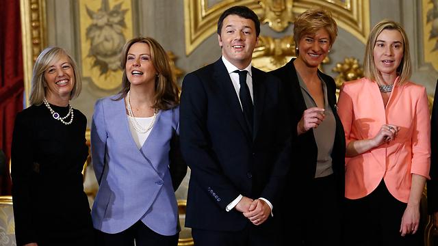 ראש הממשלה הצעיר ויתר על תפקידי השר לענייני אירופה והשר לאינטגרציה (צילום: רויטרס) (צילום: רויטרס)