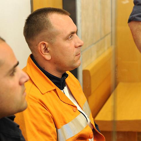 "Роман Задоров в суде. Фото: Эфи Шрир (""Едиот ахронот"")"