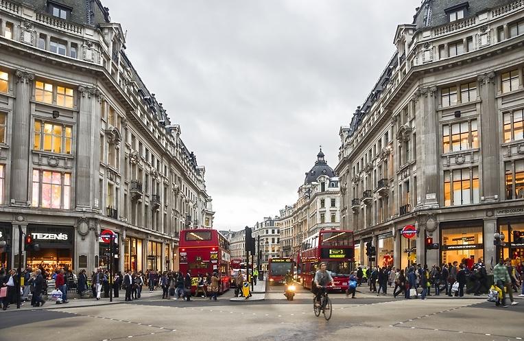 גם פה יש מציאות. רחוב אוקספורד (צילום: shutterstock)