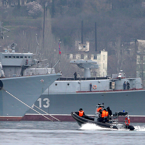 Russian navy ships in Crimea (Photo: MCT)