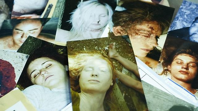 התעלומה הבלשית היא רקע לסיפור על חברים (צילום: HBO) (צילום: HBO)
