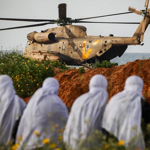 """הגעת הפצועים לבית החולים רמב""""ם בחיפה (צילום: אבישג שאר-ישוב) (צילום: אבישג שאר-ישוב)"""