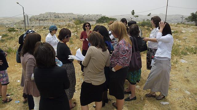 """נשות Interpeace. """"להכניס למו""""מ צדדים שחסרים בו"""" (צילום:  Interpeace UNDP) (צילום:  Interpeace UNDP)"""