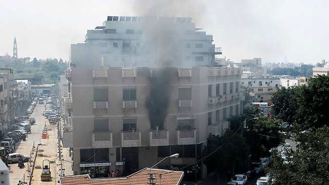 Gas blast on Herzl Street (Photo: Ravid Peri)