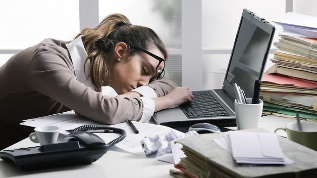 לעייפות יכולה להיות השפעה רעה ומצטברת על הבריאות שלנו (צילום: shutterstock)