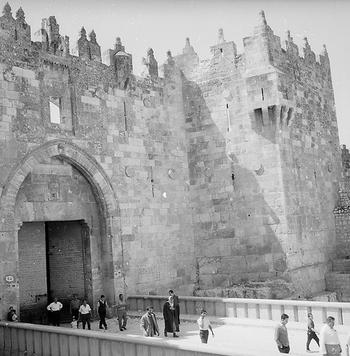Damascus Gate, after the war (Photo: David Rubinger)