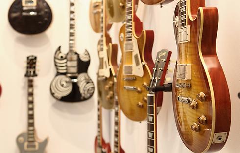 גיטרות גיבסון (צילום: Gettyimages) (צילום: Gettyimages)