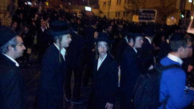 אמש בכינוס החגיגות לרגל שחרור סרבן הגיוס (צילום: עפר מאיר) (צילום: עפר מאיר)