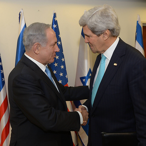 Kerry with Netanyahu (Photo: GPO) (Photo: Amos Ben-Gershom, GPO)