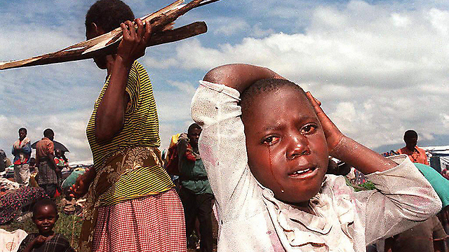 Refugee camp in Rwanda, 1996 (Photo: AFP)