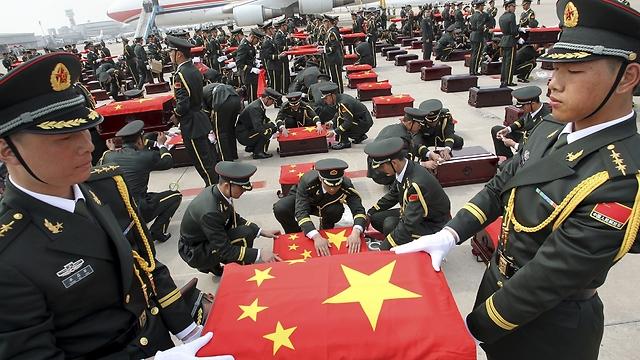 """""""מכר מאות תפקידים"""", חיילים בצבא סין (צילום: רויטרס)"""