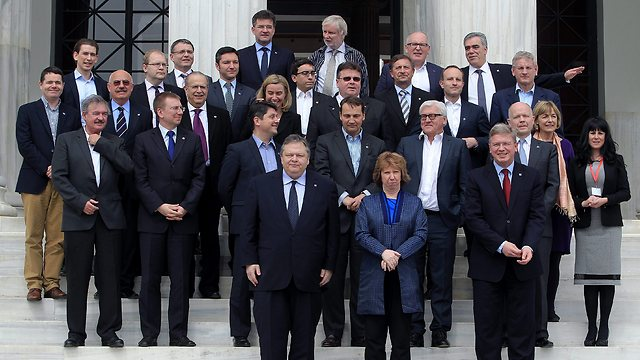 The European foreign ministers at the meeting (Photo:EPA)