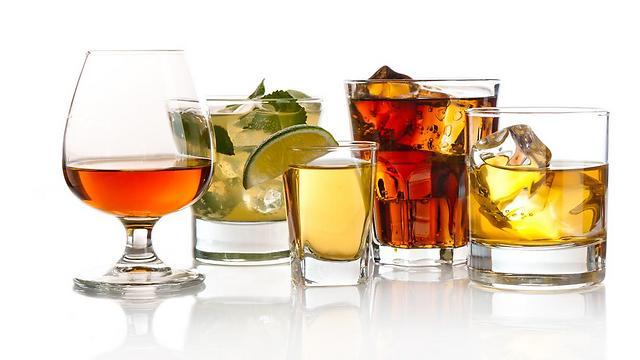 היתרונות הבריאותיים של האלכוהול זניחים ביחס לנזק (צילום: shutterstock) (צילום: shutterstock)