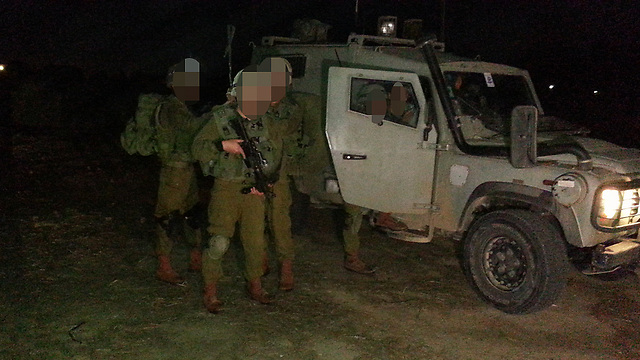 IDF forces on the scene (Photo: Roee Idan)