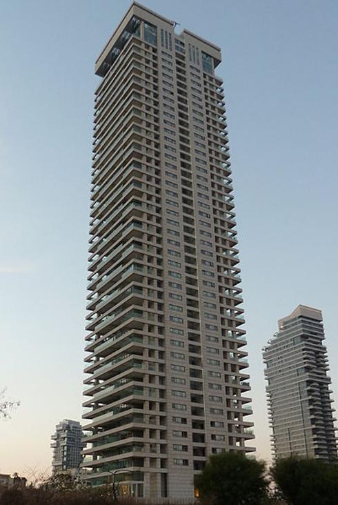 מגדל W בתל אביב, ברחוב נסים אלוני 6 (צילום: Sharshar) (צילום: Sharshar)