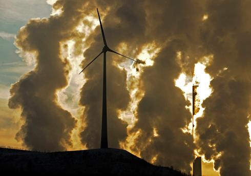 טורבינות רוח בגלזנקירכן, גרמניה (צילום: AP) (צילום: AP)