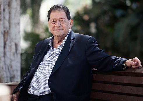 Benjamin Ben-Eliezer (Photo: AP)