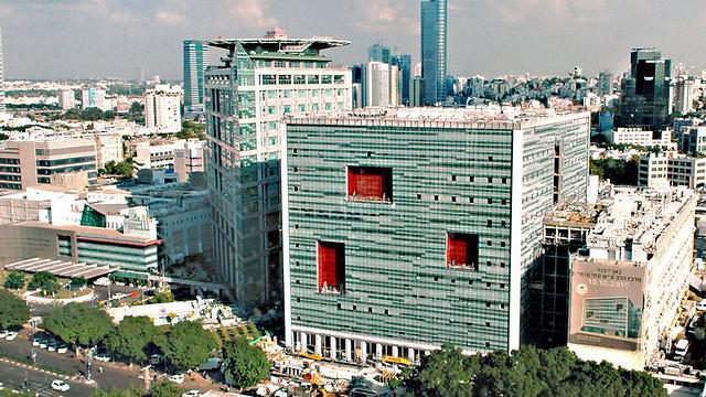 בית החולים איכילוב בתל-אביב. הפרש של 7% במחירים (צילום: ליאור צור וגדי סגל) (צילום: ליאור צור וגדי סגל)