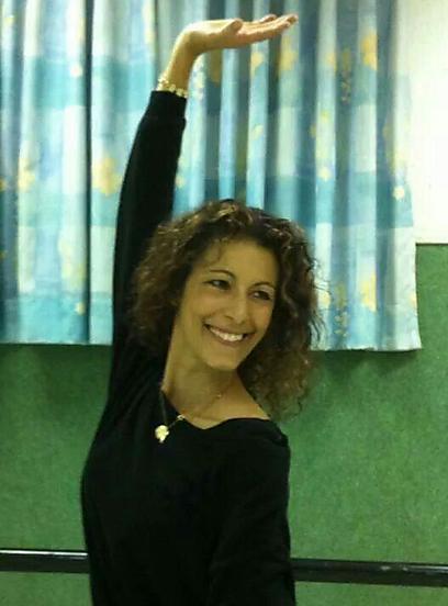 """""""הדת היא הדבר היפה בחיי לצד הריקוד, וחבל שאחד חיבל בשני"""". נורית מלמד   (צילום: אסף מלמד) (צילום: אסף מלמד)"""