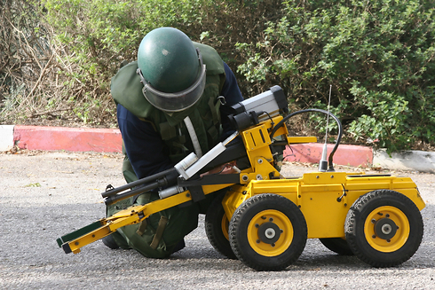 Bomb disposal robot (Photo: Archive, Shutterstock)