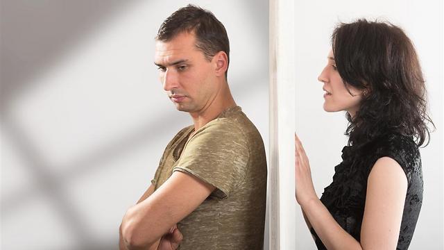 בחלק מהמקרים הרומן האסור יימשך לתוך תהליך הגירושים ולאחריו (צילום: Shutterstock) (צילום: Shutterstock)