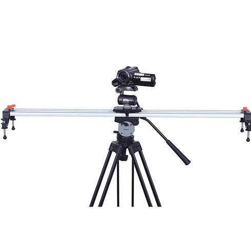 סליידר מאפשר להניע את המצלמה בתנועה חלקה ()