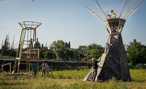 """""""מידברן"""" בבנייה (צילום: שרון אברהם) (צילום: שרון אברהם)"""