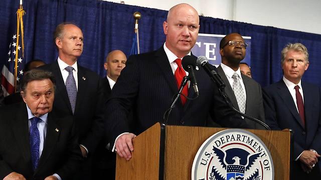 """""""פשעים מתועבים"""". הייז במסיבת העיתונאים, אמש (צילום: AP)"""