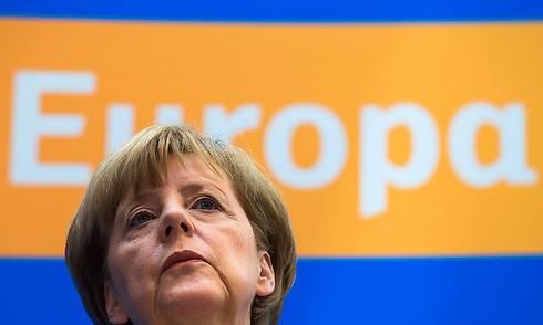 חברת אנרגיה שבדית תבעה את גרמניה בגין סגירת הכורים הגרעיניים. מרקל (צילום: רויטרס)