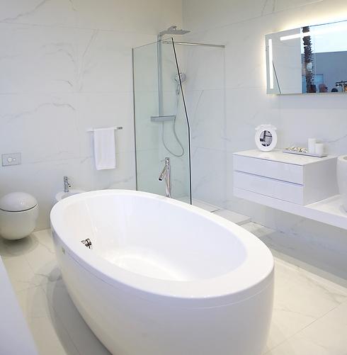 חדרי אמבטיה של רצף דורון (צילום: שי שברו) (צילום: שי שברו)