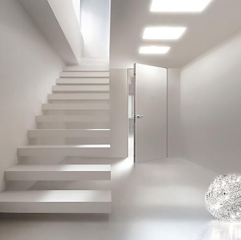 דלתות כניסה לבנות של STATO (צילום: STATO) (צילום: STATO)