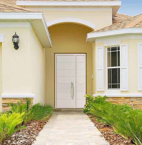 דלת כניסה לבנה של רשפים (צילום: דלת רשפים) (צילום: דלת רשפים)