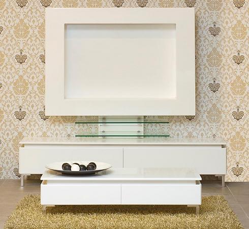 עמדת טלוויזיה לבנה של רהיטי קיבוץ השלושה (צילום באדיבות רשת רהיטי קיבוץ השלושה) (צילום באדיבות רשת רהיטי קיבוץ השלושה)