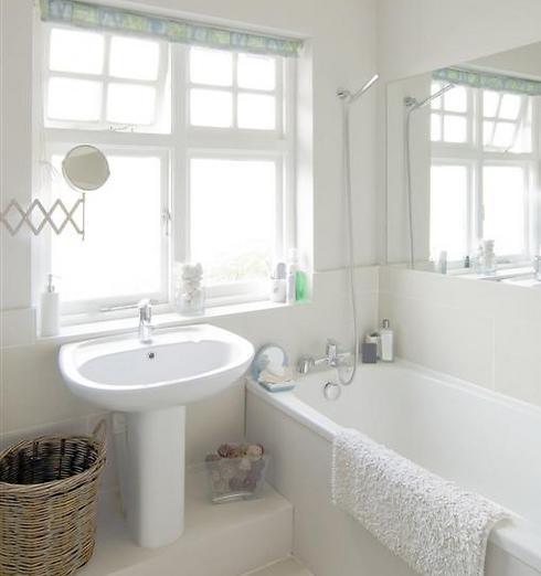 חדרי אמבטיה של נירלט (צילום באדיבות חברת נירלט) (צילום באדיבות חברת נירלט)