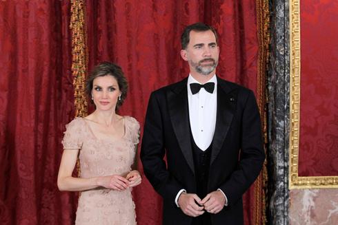 הנסיך פליפה ורעייתו הנסיכה לטיציה (צילום: רויטרס) (צילום: רויטרס)