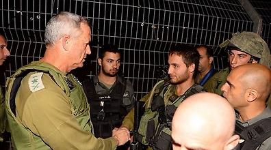Chief of Staff Benny Gantz at the scene of the attack. (Photo: IDF Spokesperson Unit) (Photo: IDF Spokesperson)