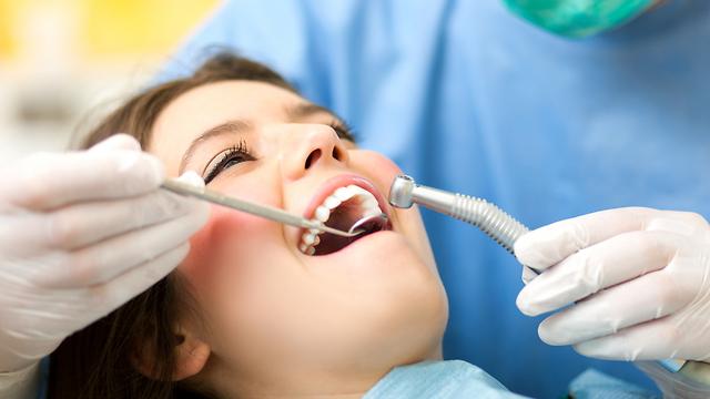 הסתימות החדשות שעשויות לרפא את השיניים לבד (צילום: shutterstock)